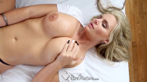 Thick MILF whore smokes young dude's stiff meat pole